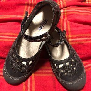 JBU by Jambu Women's Mary Jane shoes